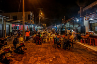 20140509194032-Dining_Dinner_Street_in_Puerto_Ayora